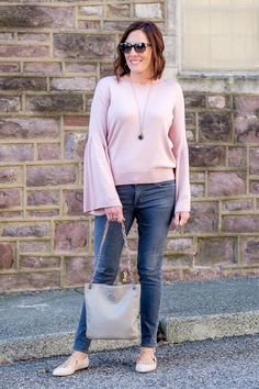 Fall Outfit Inspo from Maui Jim - blush bell sleeve sweater with grey skinny jeans | #fallfashion