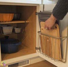 Trendy Kitchen Hacks Videos Organization Video Ideas – – # Kitchen Informations About Trendy Küche Hacks Kitchen Pantry, Diy Kitchen, Kitchen Decor, Kitchen Ideas, Kitchen Inspiration, Eclectic Kitchen, Organized Kitchen, Organized Closets, Kitchen Trends