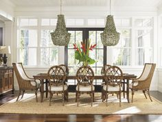 Tommy Bahama Tropical Dining Room | Seating for Eight #coastalchic #tropicaldining