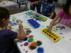 The Children's Art Group: Meetup 25: Abstract Art with Blotted Food Coloring on Paper Towels