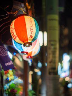 https://flic.kr/p/dbTnCX | Okinawa restaurant in Honda alley (Kagurazaka) | OLYMPUS OM-D E-M5, KERN MACRO-SWITAR RX 50mm F1.4