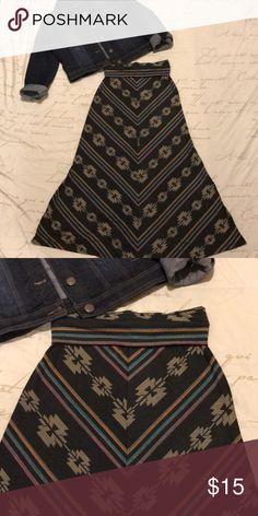 Aztec Print Maxi Skirt Aztec print maxi skirt w/ folded waist. Mossimo Supply Co Skirts Maxi