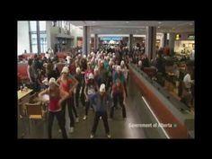 Anti-bullying flash mob (multicam)