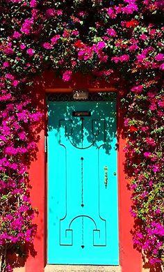 Loving the colours! Grand Entrance, Entrance Doors, Doorway, Portal, Morrocan Decor, When One Door Closes, Door Gate, Marrakech Morocco, Unique Doors
