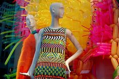 T he artworks of Jason Hackenwerth serve as colorful backdrop for the new Bergdorf Goodman window display that features the store's spring . Custom Business Signs, Sign Company, Pool Noodles, Build Your Brand, Bergdorf Goodman, Visual Merchandising, Balloon, Artworks, Backdrops