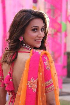 Indian Bengali film actress Mimi Chakraborty hot picture and wallpaper gallery. New hot image gallery of actress Mimi Chakraborty. Beautiful Girl Indian, Beautiful Indian Actress, Beautiful Saree, Gorgeous Women, Beauty Full Girl, Beauty Women, Sexy Blouse, Indian Beauty Saree, India Beauty