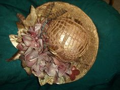 Sissi, Paint Ideas, Acrylics, Pottery, Hats, Painting, Log Projects, Sombreros, Deco
