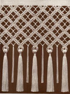 Macrame.-  Maria Luisa Bertolino / www.pinterest.com...