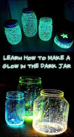 Make DIY glow in the dark jars to enjoy at night! Crafts With Glass Jars, Jar Lights, Sand Crafts, Diy Design, Diy Organization, Craft Stores, Glow, Beer Bottle Crafts, Water Bottle