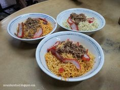 Kolo Mee in Kuching.    The red tint on the noodles is from pork oil.
