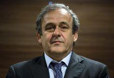 Suspenso por 8 anos, Platini desiste de eleição na Fifa. (foto: EPA)