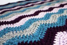 Chevron Baby Blanket - Free Crochet Pattern by Sunny Stitching