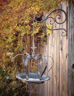 QUEEN MOTHER BIRD FEEDER. Victorian Trading Co. $49.