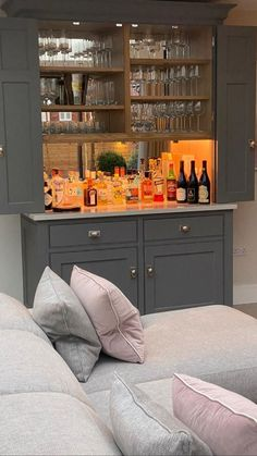 Home Bar Cabinet, Drinks Cabinet, Built In Bar, Garage Apartments, Bar Areas, Sweet Home, Kitchen Cabinets, Stone Island, Architecture