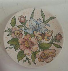 Neşe Zehir Sexy Makeup, China Painting, Fabric Painting, Plates On Wall, Flower Art, Folk Art, Craft Projects, Pottery, Valentines