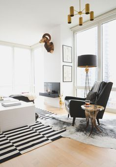 Viyet Style Inspiration | Chic Living Rooms