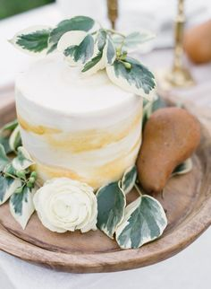 Pretty al fresco cake: Photography : J. Layne Photography Read More on SMP: http://www.stylemepretty.com/florida-weddings/2016/07/21/grey-pastel-ethereal-wedding-inspiration-styled-photo-shoot/