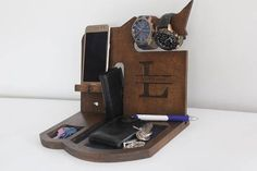 NightStand Anniversary Gift for Men Desk organizer Nightstand Dock Wood Organizer Docking station Glasses holder Galaxy iphone Charging dock Charging Station, iPhone Stand, Husband gift, Gift for Him, Boyfriend, Mobile phone & tablet Docking Station, Christmas Gift, Birthday Gifts
