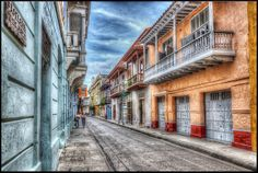 Cartagena, Colombia Blue Filter, Puzzle Of The Day, Jigsaw Puzzles, Street View, Black And White, Education, Rock Path, Cartagena Colombia, Cities