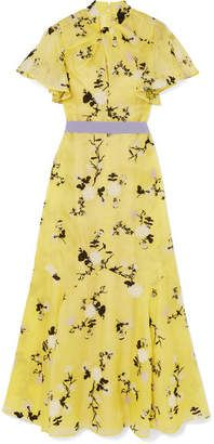 Erdem dresses and gowns are perfect for the most elegant occasions in your calendar. Alexander Mcqueen, Dresses For Sale, Summer Dresses, Dress Sale, Christian Louboutin, Erdem, Young Celebrities, Silk Organza, Embroidered Silk