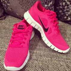 womens nike running shoes ,fashion and cheap ! Nike Shoes Cheap, Nike Free Shoes, Nike Shoes Outlet, Running Shoes Nike, Cheap Nike, Nike Free Runs For Women, Nike Free Run 3, Nike Women, Nike Website
