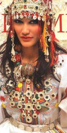 Moroccan Berber Fashion - Maroc Désert Expérience tours http://www.marocdesertexperience.com