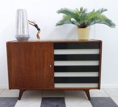 U-458 chest of drawers from the sixties by Jiří Jiroutek for Interier Praha