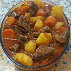 A Carne de Panela Prática é uma opção deliciosa e completa para a refeição da sua família. Faça e confira! Veja Também: Carne Moída Diferente Veja Também: