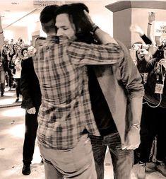 Jared and Jensen Supernatural Bloopers, Supernatural Tattoo, Supernatural Wallpaper, Supernatural Quotes, Supernatural Fandom, Supernatural Bunker, Supernatural Seasons, John Winchester, Winchester Brothers