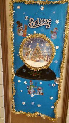Christmas Door Decorating Contest, School Door Decorations, Christmas Decorations For The Home, Xmas Decorations, Christmas Snow Globes, Etsy Christmas, Christmas Crafts, Christmas Classroom Door, Christmas Door Wreaths