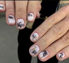 Goth Nails, Edgy Nails, Short Nail Manicure, Trendy Nails, Mens Nails, Celebrity Nails, Shoe Nails, Minimalist Nails, Cute Acrylic Nails