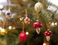 Cuki retró díszek, amik a te szívedet is megmelengetik Retro Kids, Xmas Holidays, Childhood Memories, Christmas Ornaments, My Favorite Things, Holiday Decor, Vintage, Budapest, Profile