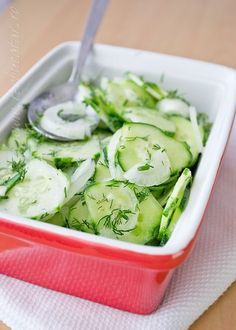 Cucumber salad Diet Breakfast, Breakfast Recipes, Romanian Food, Cucumber Salad, Pinterest Recipes, Zucchini, Good Food, Easy Meals, Food And Drink