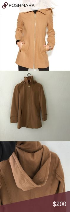 Like new Michael kors coat Worn twice. The hood is detachable Michael Kors Jackets & Coats Trench Coats