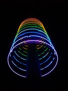 (I) Evans Bay neon sculpture Neon Colors, Rainbow Colors, Light Colors, Artistic Installation, Light Installation, Tumblr Neon, Glow Stick Crafts, Glow Rock, Neon Crafts