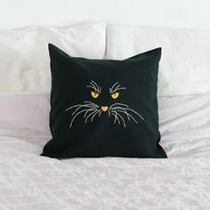Make an embroidery cat pillow @Kimmy Fleming Fleming Rohrs