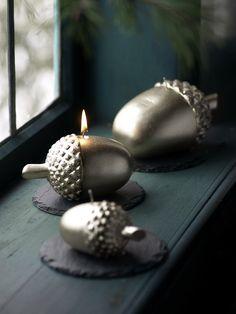 acorn decorating | Weihnachtliches Must-have: Eichel-Deko - 23 Tipps für den Advent 20 acorn candles