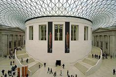 British Museum - vidět zde můžete např. egyptské mumie, sochu Moai z Velikonočních ostrovů, Rosettskou desku.    Zajímavé informace o muzeích v Londýně najdete zde: http://info.radynacestu.cz/muzea-v-londyne/