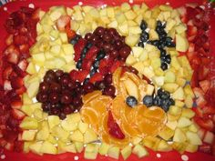 Mickey Mouse Fruit Salad Mosaic mickey mouse, fruit salads, fruit designs, fruit platters, boat, school birthday treats, kid, fruit trays, birthday cakes