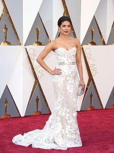 88th Academy Awards Red Carpet extravaganza and glamour - OSCARS 2016 fashion style - Priyanka Chopra in Zuhair Murad