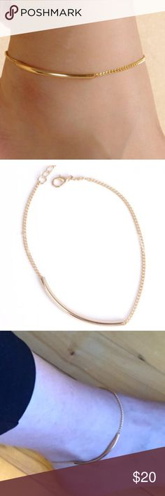 Simple bent tube anklet in gold Anklet. Very simple yet looks so pretty(: Gold color. Jewelry