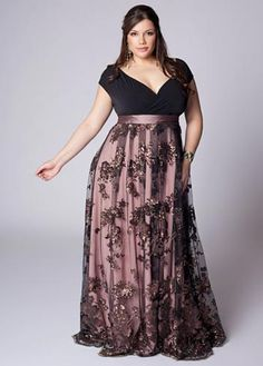 black prom dresses long plus size looks Plus Size Long Dresses, Plus Size Cocktail Dresses, Evening Dresses Plus Size, Plus Size Outfits, Evening Gowns, Curvy Girl Fashion, Plus Size Fashion, Fashion Fashion, Plus Size Looks