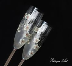 Hey, I found this really awesome Etsy listing at https://www.etsy.com/listing/505746647/hand-painted-flutes-wedding-toasting
