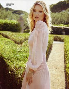 My fav street style: KATE MOSS // Late Summer in St. Tropez