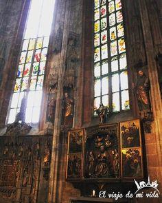 La #Iglesia de San Sebaldo es la más antigua de #Núremberg. Construida en 1273 fue gravamente destruida durante la Segunda Guerra Mundial. Hoy en su interior nos recuerda su triste #pasado. #Alemania #deutchland #nuremburg #nurembergcity #nuremberggermany #nuremberg #alemania #germany #germanytourism #germanytrip