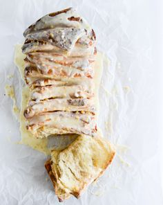 sweet orange cinnamon pull apart bread I howsweeteats.com
