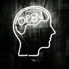 La porta è aperta, ora. E mai più la chiudero', per te. #thedoorisopen #foryou #persempre #openyourmind #openyourheart