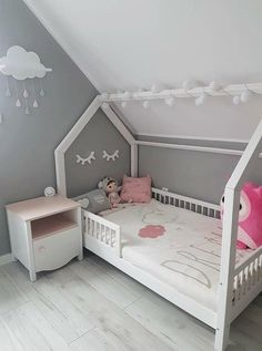 2020 Trends for Cute Baby Girl Room Ideas Boy Girl Room, Baby Boy Room Decor, Baby Room Art, Baby Boy Rooms, Baby Girl Bedding, Baby Bedroom, Girls Bedroom, Toddler And Baby Room, Toddler Bed