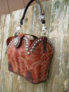 Custom leather cowboy boot purses and handbags. One of a kind, signed and numbered designer leather western purses. Leather Jewelry, Leather Craft, Leather Purses, Leather Boots, Leather Bag, Leather Sandals, Old Cowboy Boots, Old Boots, Western Boots