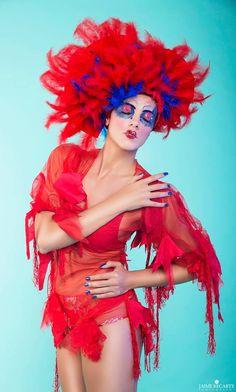 "Shooting ""Fashion Animals"" 27 de Septiembre de 2015; Fotografía: Jaime Recarte; Modelo: Joana Alcolea; Mua: Sux make ups!; Nails: Neo Beauty; Vestido: Inma Castrejon;"